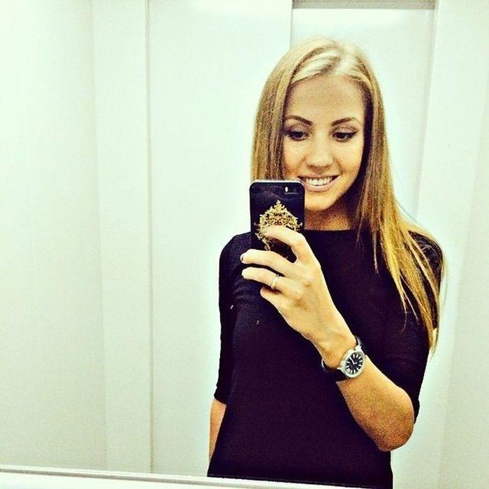 Очаровательные девушки из соцсетей (37 фото)