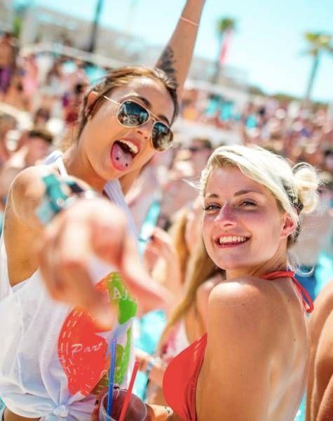 Красавицы с пляжей Хорватии (40 фото)