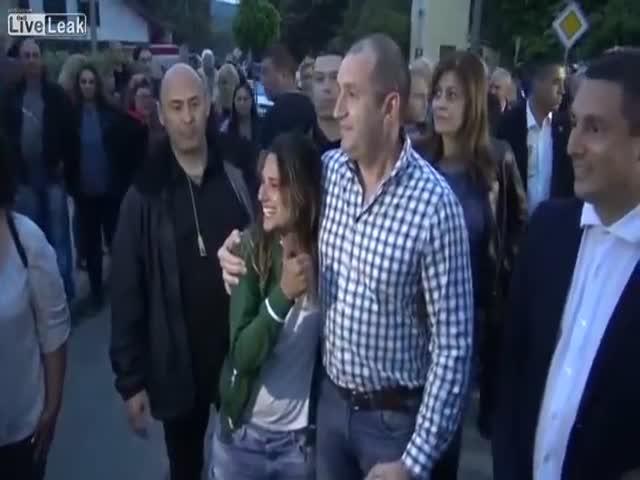 Бразильская туристка пообщалась с президентом Болгарии, не зная, кто он такой