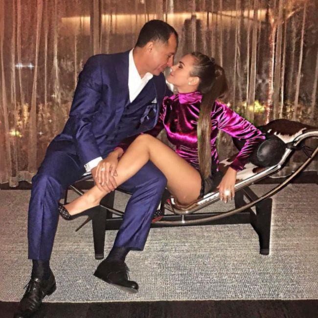 Молдавская модель Ксения Дели и египетский миллионер Оссама Аль-Шариф отпраздновали годовщину свадьбы (15 фото + видео)