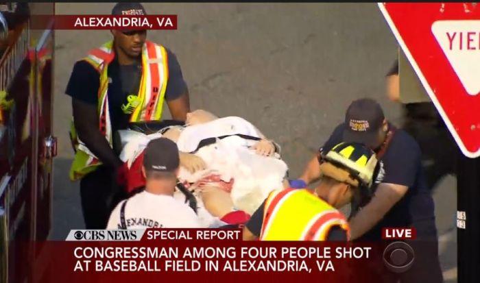 В США неизвестный открыл огонь по конгрессменам, игравшим в бейсбол (8 фото)