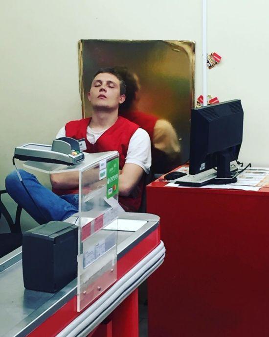 Рабочие будни кассира (18 фото)