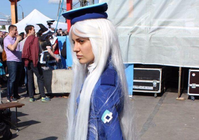 Девушка в образе Роскомнадзор-тян на «Большом фестивале» в Санкт-Петербурге (7 фото)