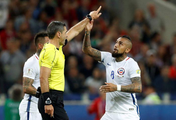 Видеоповторы отменили голы сборных Португалии и Чили на Кубке конфедераций (7 фото)