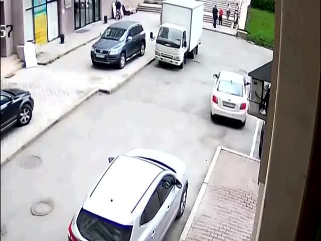 У автоледи возникли проблемы с парковкой