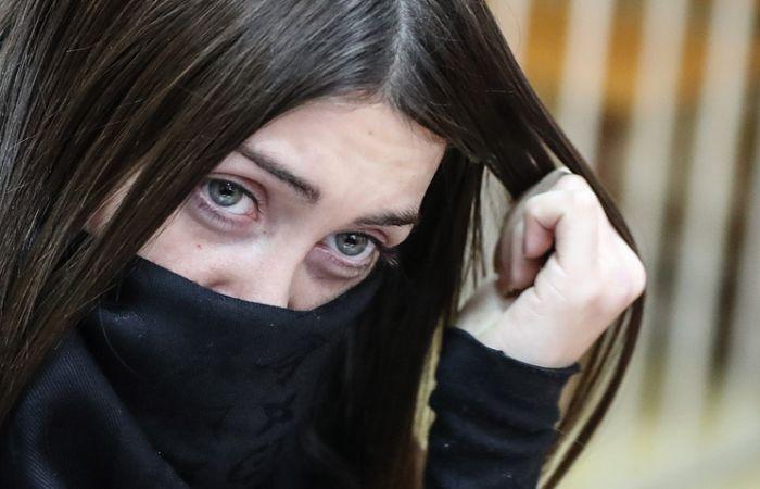 Мосгорсуд подтвердил пожизненное лишение водительских прав Мары Багдасарян (2 фото)