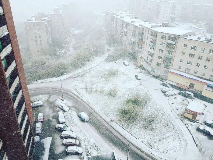 Снегопад в Мурманской области (14 фото + видео)