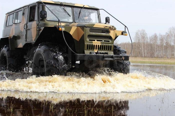 Кастомный вездеход на базе ГАЗ-66 (12 фото)