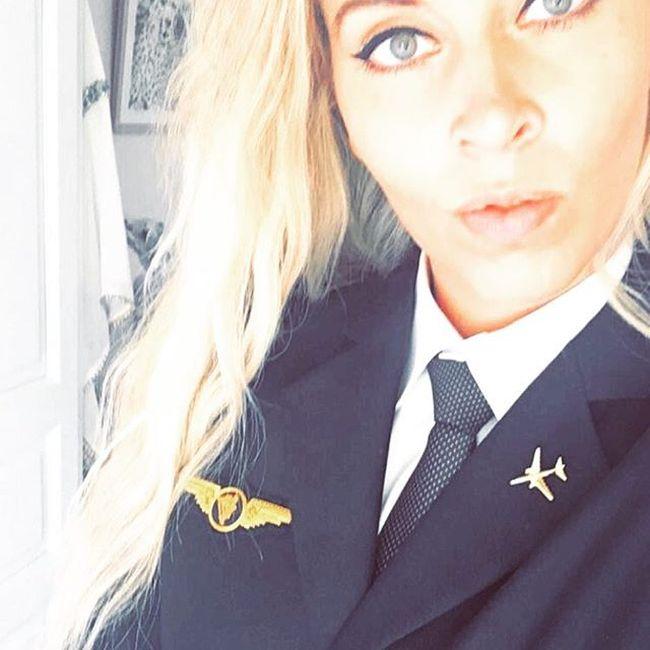 Анни Флафф - шведка с необычной для девушки профессией (23 фото)