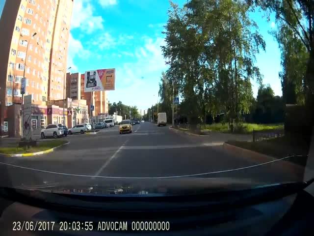 К чему приводят необдуманные маневры на дороге