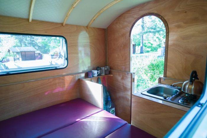 Компактный и легкий трейлер для путешественников (11 фото)