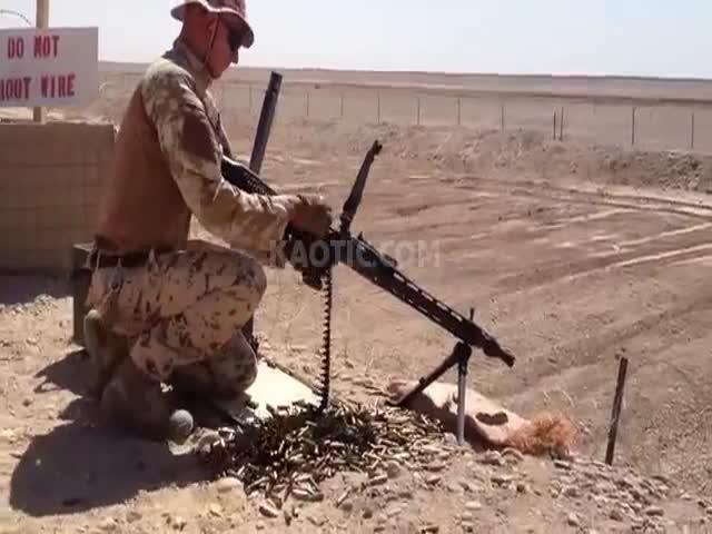 Затяжной выстрел на пулемете