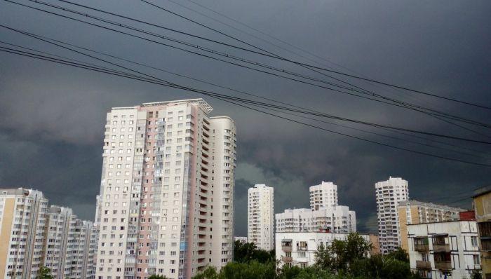 На Москву обрушился сильнейший шторм (32 фото + 5 видео)