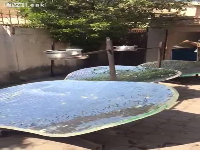 Солнечная кашеварня в Пакистане
