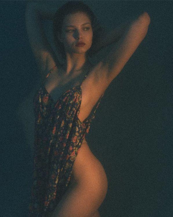 Алеся Кафельникова в смелой фотосессии (6 фото)