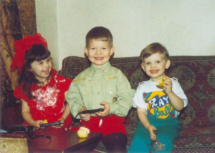 Дети, получившие заветный подарок (15 фото)