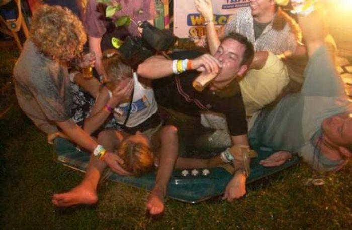 вечеринки пьяные онлайн-хв4