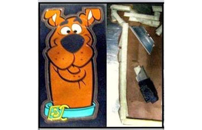 Запрещенные предметы, изъятые у пассажиров (24 фото)