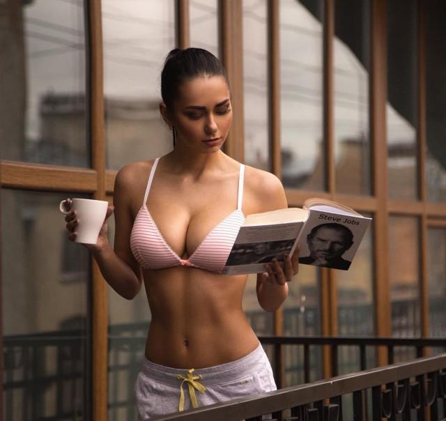 Очаровательная российская фотомодель Ольга Коробицына (32 фото)