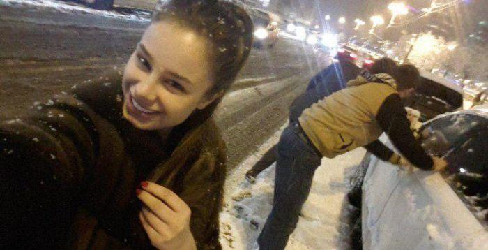 В телефоне одного из убийц Немцова найдено фото Анны Дурицкой (2 фото)