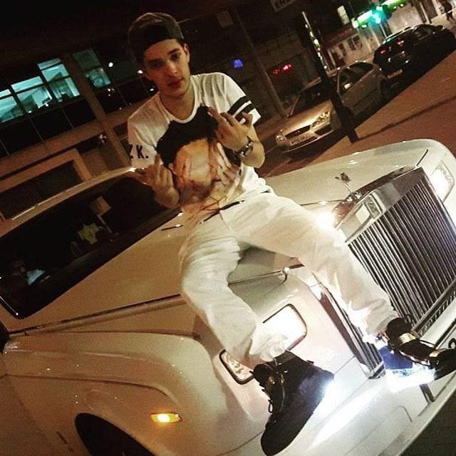 """Как живет """"золотая молодежь"""" Саудовской Аравии (37 фото)"""