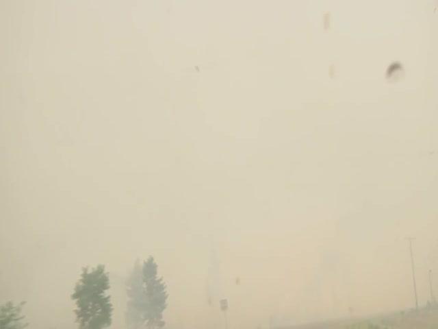 Эвакуация из охваченного лесными пожарами региона