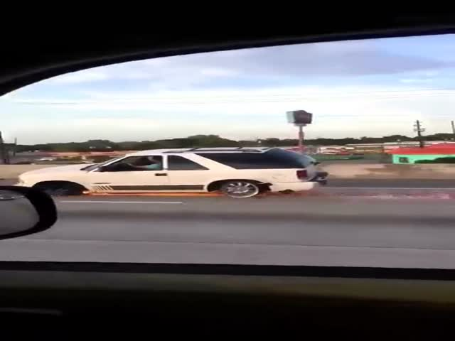 Автомобиль едет без колес