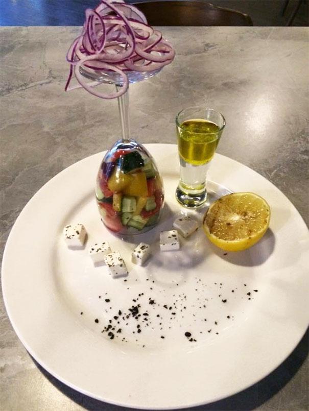 Необычная подача блюд в ресторанах (30 фото)