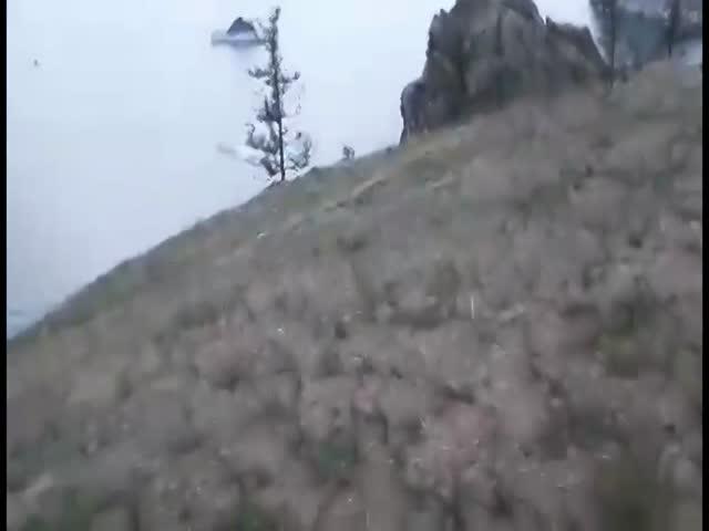 В озеро Байкал рухнул самолет