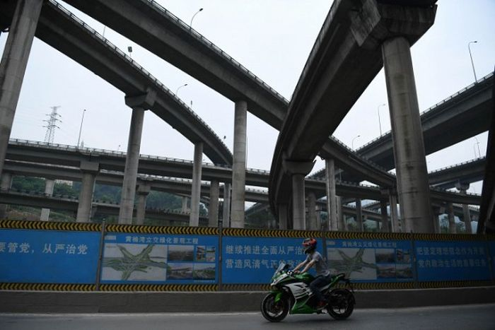 Новая дорожная развязка в городе Чунцин (4 фото)