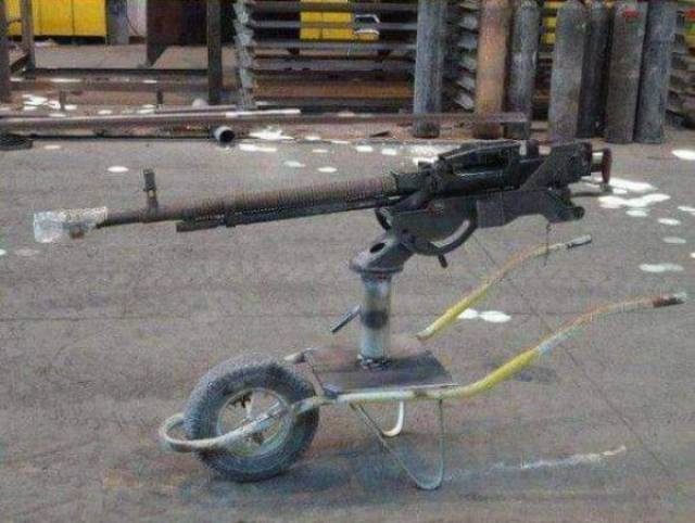 Самодельное оружие и техника (36 фото)