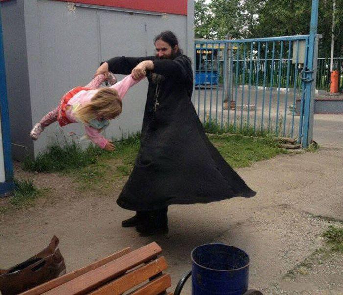 Фото, которые возможно было сделать только в России. Часть 77 (38 фото)