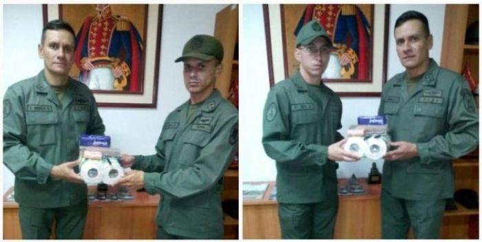 Силовиков Венесуэлы наградили туалетной бумагой (3 фото)