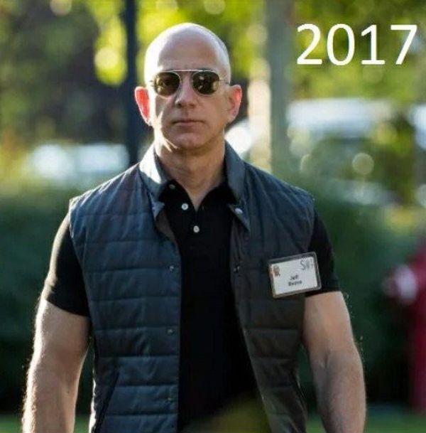 Основатель Amazon Джефф Безос признан богатейшим человеком мира