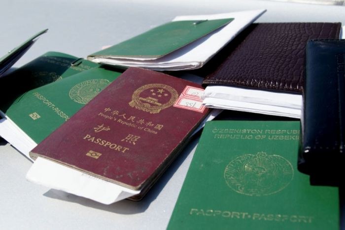 В Волгоградской области обнаружен поселок нелегальных трудовых мигрантов (10 фото)