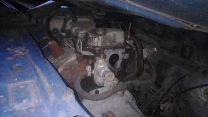 Забытый автомобиль (5 фото)
