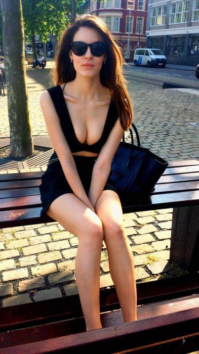 Красивые девушки из социальных сетей (39 фото)