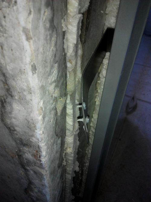 Как застройщик двери устанавливал (5 фото)