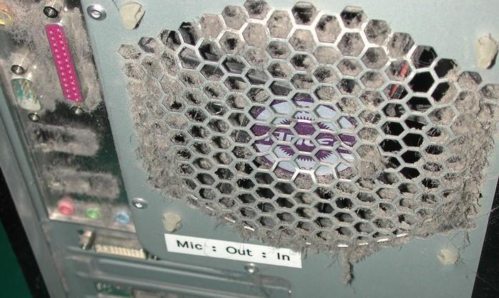Пыльные компьютеры (32 фото)