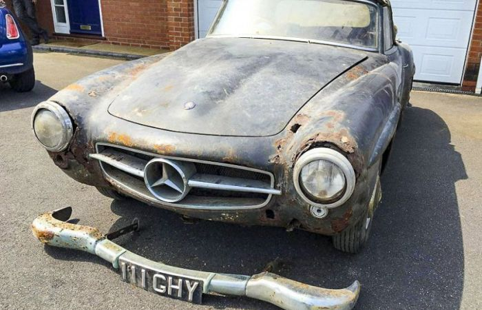 Mercedes 090 SL 0960 годы выпуска, какой-никакой пылился во гараже 00 полет (5 фото)