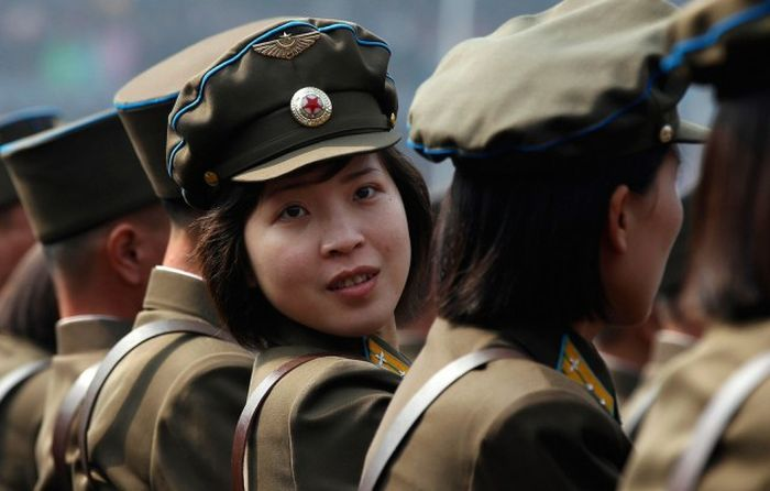 http://trinixy.ru/pics5/20170814/north_korea_girls_13.jpg