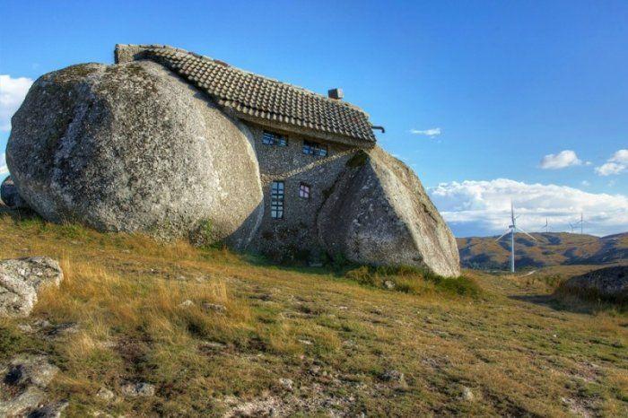 Странные и необычные дома (26 фото)