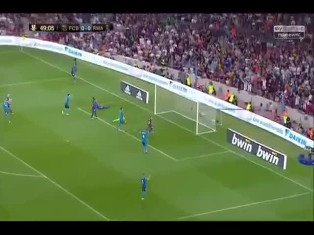 В 1-м матче Суперкубка Испании «Реал Мадрид» обыграл «Барселону» со счетом 3:1