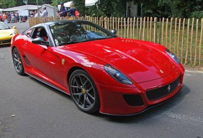 Как с годами менялись автомобили марки Ferrari (13 фото)