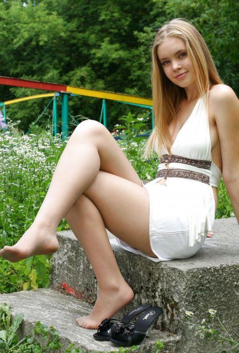 Красивые девушки (28 фото)