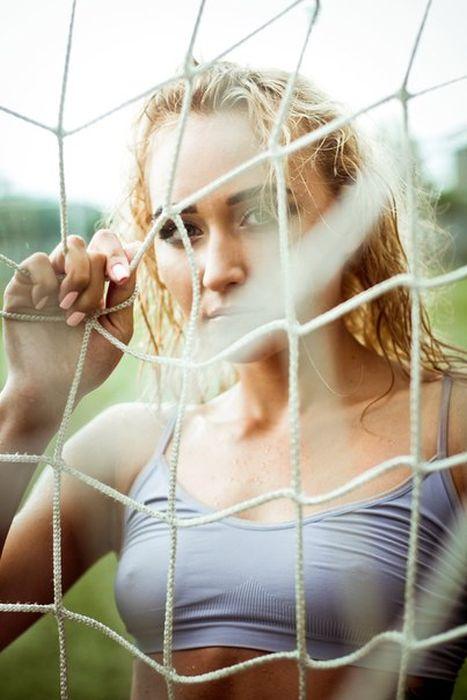 Наталья Морозова из ФК «Енисей» снялась в откровенной фотосессии (10 фото)