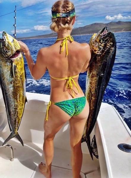 Девушки, которые любят рыбалку (36 фото)