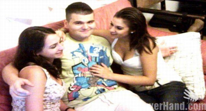 Парни стесняются обнимать девушек (44 фото)