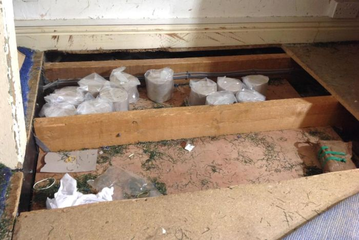 Наркорейд британской полиции помог конфисковать 12 кг героина (3 фото)