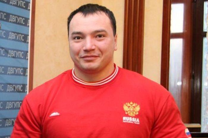 В Хабаровске боец ММА убил чемпиона мира по пауэрлифтингу Андрея Драчева (3 фото + 2 видео)